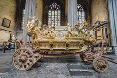 Ducasse de Mons eller Doudou i Mons, Belgien Arkivbilder