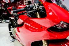 Ducati 1199 i Thailand den motoriska showen. Arkivfoton