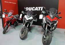 Ducati motocykl wystawiający przy MOTO przedstawieniem w Krakow Polska fotografia stock