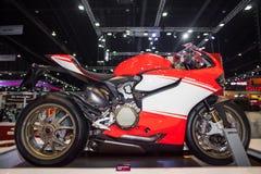 Ducati 1199 motorfietsvertoning op stadium Stock Foto's
