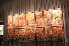 Duccio di Buoninsegna, Maesta, metropolitana del Duomo оперы ` Dell Museo, Сиена, Италия Стоковое фото RF