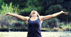 Ducha de lluvia (foco-lluvia suave) fotos de archivo libres de regalías