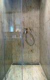 Ducha de mármol lujosa Fotos de archivo