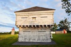 Duck Island Lighthouse falso e vecchia fortificazione Fotografia Stock Libera da Diritti