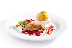 Duck Leg avec Apple cuit Photos stock