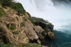 Duden瀑布在安塔利亚,土耳其在春天 免版税库存图片