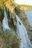 duden водопад индюк antalya Среднеземноморской seashore Стоковые Фото