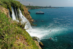 Duden-Wasserfälle senken Lizenzfreie Stockfotografie
