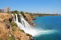 Duden-Wasserfall, Antalya, die Türkei stockfotografie
