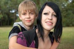 Due adolescenti Fotografie Stock Libere da Diritti