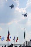 Due aerei russi SU-27 a airshow Fotografie Stock Libere da Diritti