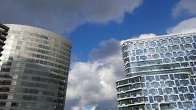 Due alti complessi di uffici di aumento Fotografia Stock