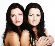 Due amici di ragazza che sorridono insieme Immagine Stock Libera da Diritti
