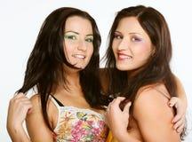 Due amici di ragazza che sorridono insieme Immagine Stock