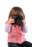 Due-anno-ragazza e macchina fotografica tranquilla fotografia stock libera da diritti