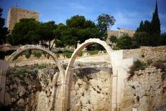 Due arché di pietra nel castello di Santa Barbara in Spagna Immagine Stock Libera da Diritti