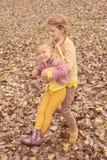 Due bambine Fotografie Stock Libere da Diritti