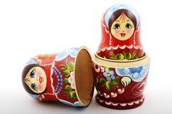 Due bambole russe tradizionali di matryoshka Fotografie Stock Libere da Diritti