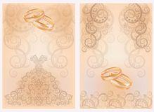 Due carte dell'invito di nozze con gli anelli dorati illustrazione vettoriale