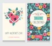 Due cartoline d'auguri per il San Valentino, progettazione floreale disegnata a mano sveglia Fotografie Stock Libere da Diritti