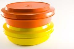 Due contenitori di alimento di plastica Fotografie Stock Libere da Diritti
