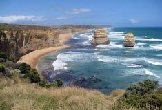 Due di dodici Apostels alla grande strada dell'oceano, Victoria, Austra Immagini Stock