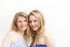 Due donne bionde sorridenti Fotografia Stock
