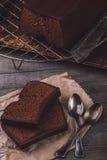 Due fette di dolce di cioccolato Immagini Stock Libere da Diritti