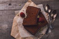 Due fette di dolce di cioccolato Immagine Stock