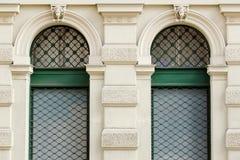 Due finestre verdi Fotografia Stock