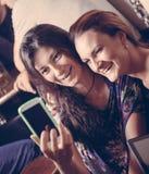 Due giovani donne Fotografia Stock Libera da Diritti