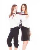Due giovani donne attraenti di affari Immagine Stock
