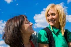 Due giovani ragazze felici Fotografia Stock