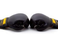 Due guanti di inscatolamento neri Immagine Stock