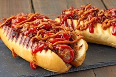 Due hot dog saporiti Fotografia Stock Libera da Diritti