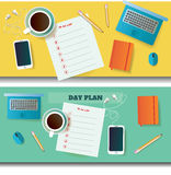 Due illustrazioni della tavola con il giorno progettano gli oggetti in bianco e differenti Fotografia Stock