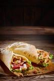 Due kebab saporiti del doner con lo spazio rustico della copia immagini stock libere da diritti
