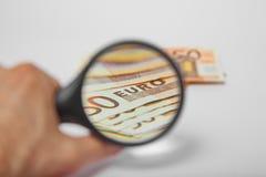 Due monete forti conducenti dollaro americano e euro Immagine Stock