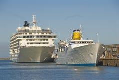 Due navi di passeggero Fotografia Stock Libera da Diritti