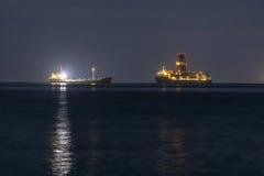 Due navi nel mare Fotografia Stock Libera da Diritti