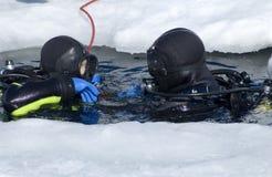 Due operatori subacquei Fotografia Stock Libera da Diritti