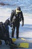 Due operatori subacquei di scuba Fotografia Stock Libera da Diritti