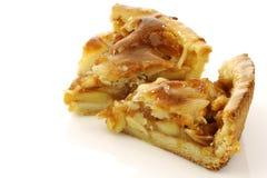 Due parti del grafico a torta di mela fresco Immagini Stock Libere da Diritti