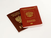 Due passaporti isolati Immagini Stock