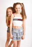 Due piccole ragazze bionde fotografia stock libera da diritti