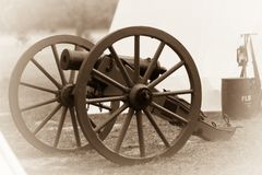 Due ruote e un cannone Immagini Stock