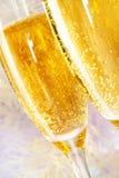 Due scanalature di champagne Fotografie Stock Libere da Diritti