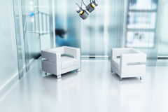 Due sedie e uno studio Fotografia Stock Libera da Diritti