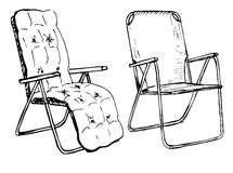 Due sedie pieghevoli su un isolamento bianco del fondo Illustrazione di vettore in uno stile di schizzo Immagine Stock