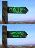Segni della traccia di escursione della passeggiata del paese Immagine Stock